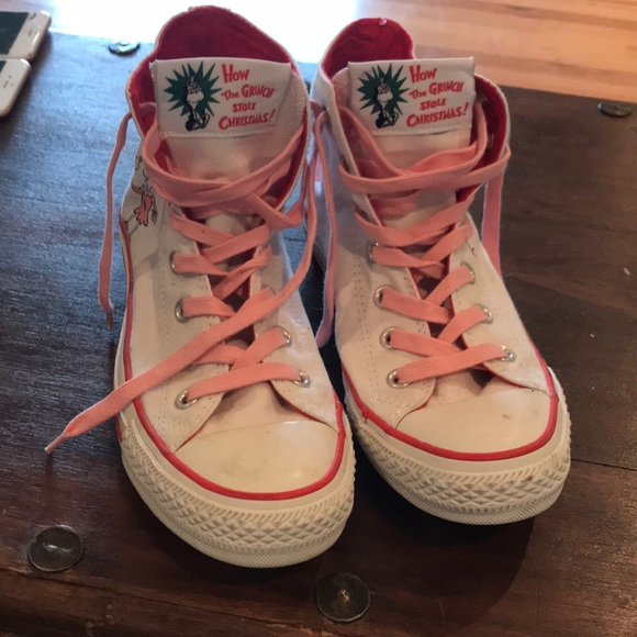 c1f9e77ac7ed Converse Shoes - How the grinch stole Christmas converse size 8